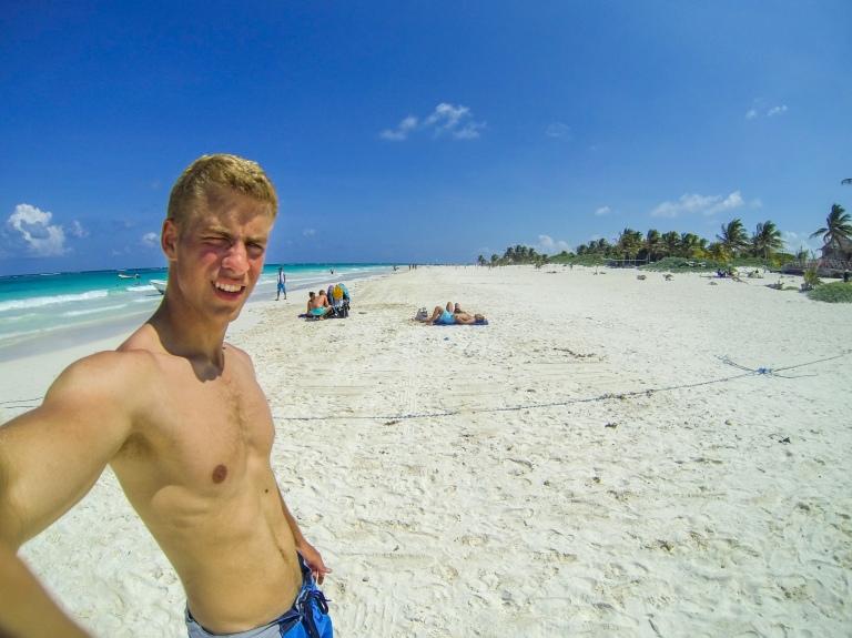 Klar til at gå i vandet på Playa Maya stranden.
